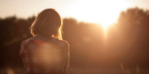 blog-sunset-girl-amintire